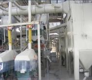 棕刚玉磨料清吹制粒清洁生产线运行图片